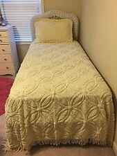 Chenille Ivory Cream Twin Bedspreads w/Shams (2 sets)