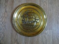 ANTIQUE BRASS WALL HANGING CHARGER PLATE - GALLEON AT SEA SCENE 35.5 cm