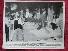 1942 German WW2 Press Photo Easter Gifts For Wounded Soldier H Schinke PBZ fc78