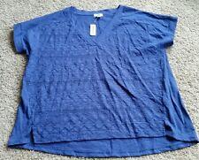 NWT Old Navy V-neck Shirt size XL extra large - blue/bluesday
