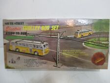 South Street HO TROLLEY BUS SET Very Good Condition Tested Runs in Original Box