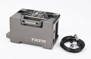 Tilta F970 L-Series Battery Baseplate (Tilta Gray) w/ 2.5mm DC Male Power Cable