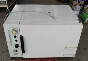 MLW WS 50 Wärmeschrank Laborofen 30-300°C 900W /B