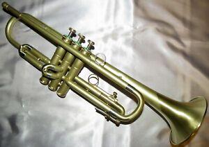 Vintage Refurbished Olds Ambassador Satin and Brushed trumpet with case and mpc