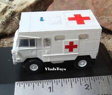 Oxford 1/76 Land Rover 101 Forward Control Ambulance British Bosnia 76LRFCA003