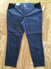 NWT Old Navy Velvet Pixie Maternity Pants. Size 14