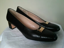 SALVATORE FERRAGAMO Florence Women's Black Leather Shoes, made in Italy