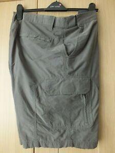 Mens Cargo Style Shorts (BNWOT)