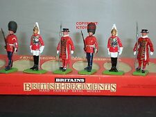 BRITAINS 7226 LIFEGUARDS SCOTS GUARDS YEOMAN OF THE GUARD TOY SOLDIER FIGURE SET