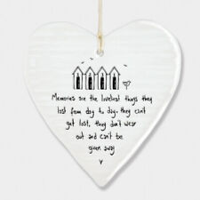 East of India Wobbly White Porcelain Heart Memories are Loveliest Thing 10x9cm