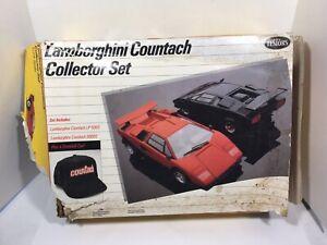 Testors Model Lamborghini Countach Collector Set 1/24 Scale