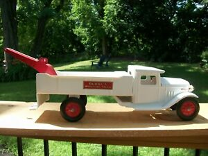 Vintage Buddy L Wrecker With Electric Headlights