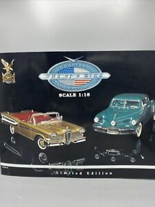 """Road Signature 1:18 """"Toys R Us"""" Exclusive Twin Pack 48 Tucker & 58 Edsel Diecast"""