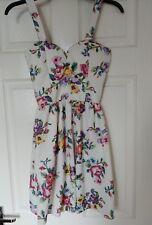 New Look cameo Rose Talla 10 Vestido Floral Blanco y Rosa flores de color púrpura