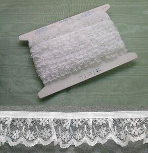 Gathered White Lace  5 metres  (133)