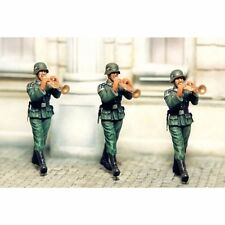 SOL RESIN FACTORY, MM076,1:35, TRUMPET PLAYER (3 FIGURES)