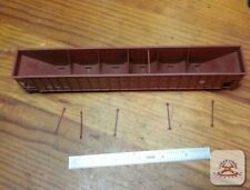 50' 6-Bay Rapid Discharge Car HO Scale Model Train High