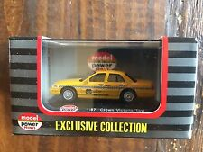 Model Power Minis 1:87 HO Crown Victoria 2005 Taxi Item #19393