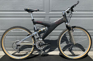 Trek Y-22 Carbon Fiber Bike RARE Nos Parts Panaracer Smoke Dart -Needs Fox Shock