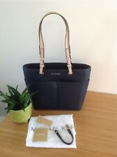 Michael Kors Bedford Medium Pocket Tote in Navy BNWT