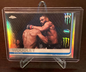 2019 Topps Chrome UFC Tyron Woodley Image Variation Refractor SP #61 Champion