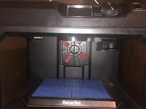 MAKERBOT MP05825 Replicator Desktop 3D Printer