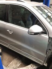VW TIGUAN R LINE MK1 5N 08-16 O/S/F DRIVER OFF SIDE RIGHT FRONT DOOR IN SILVER