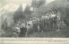 Prima guerra mondiale - Distribuzione corredi antiparassitari al fronte - 1916