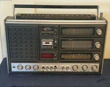 Ancien et Rare Poste RadioTransistor Grundig Satellit 3000