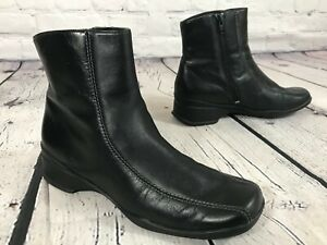 CLARKS 74221 Black Leather Side Zip Ankle Boots Booties Women's Size 8 M