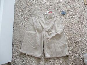 BNWT Izod Big boys formal/school uniform pleated shorts, Size 12, cotton blend