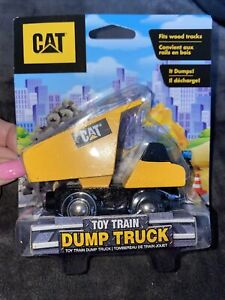CAT DUMP TRUCK Masterpieces 41905 Caterpillar Dump Train Engine fits Wood Tracks