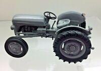 Superb SCHUCO Ferguson TE20 Tractor Minty - 1:43