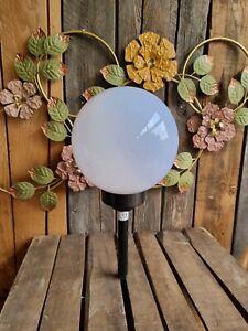 Solar Kugelleuchte 20 cm mit FLAMMEN-Effekt bis 8h Dämmerungssensor Garten Lampe