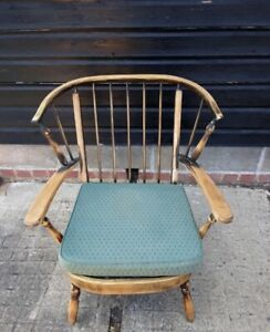 Vintage retro antique wooden Spindle Armchair Lounge Chair Ercol Style