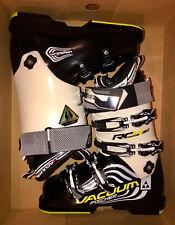 New Fischer RC4 130 Vacuum ski boots, mondo 25.5