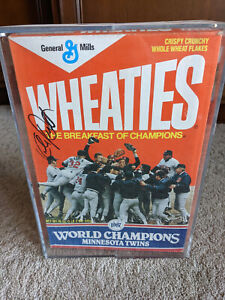 KIRBY PUCKETT SIGNED 1987 Minnesota Twins WORLD SERIES CHAMPS Wheaties BOX w/dis