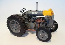 Plus Model Tractor Fordson N-big Resin Model Kit Bausatz 1:35 Art 448 Versions:3