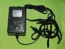 AC Power Adapter Netzteil AD-3777F Output 13,5V 2,4A 32VA Input 220V 50Hz (50A)
