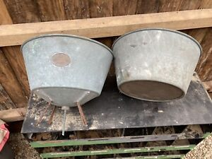 Weathered vintage planter 3 wire legs old milk/beer sieve 2 parts