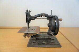 The Challenge antique Lockstitch Sewing Machine