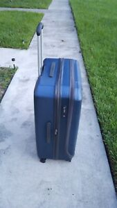 Delsey Carry On Luggage 29 Shadow Navy