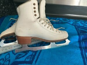 Riedell Figure Skating Boot Bronze Star 320 with Pattern 99 Blade