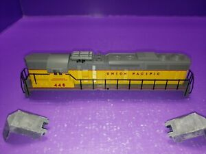 HO SCALE CASING RAILINGS PARTS ONLY CON-COR SD-24 Union Pacific #448 LOCOMOTIVE