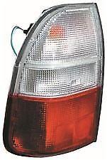 Mitsubishi L200 Mk3 Pick Up 3/2001> 4/2006 LAMPARA de COLA TRASERA Lado Del