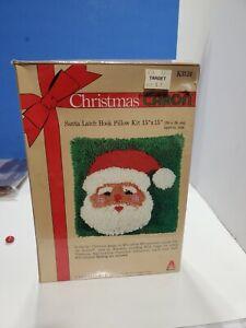Vtg Christmas Latch Hook Pillow Kit  K3124 Santa 1980 Caron N.O.S