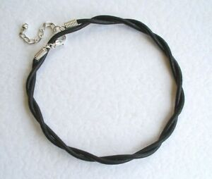 ADJUSTABLE TWISTED LEATHER THONG ANKLET