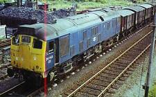 Diesel Locomotive Class 24 24143 Towyn Mid Wales 1974 OPC Collectors Card
