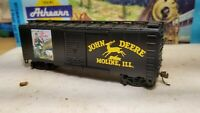 HO Athearn John Deere Tractors advertising 40' boxcar train Moline Illinois