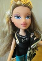 Bratz Doll long ash blond hair black angel top aqua pants & shoes